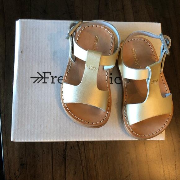 2320d4231 Freshly Picked Other - Freshly Picked Platinum Malibu Sandals